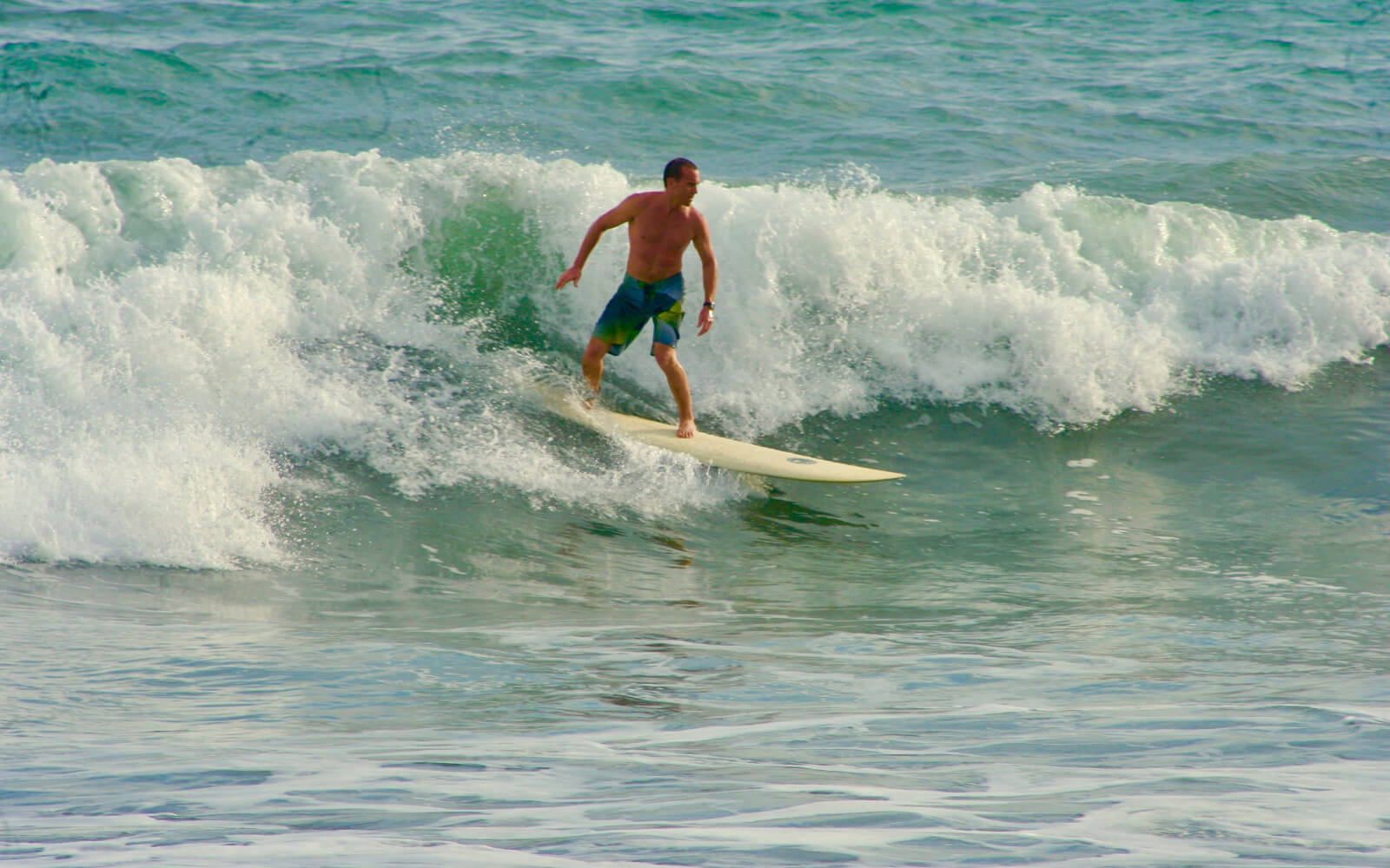 Local surfbreak beginning to advanced surfing available